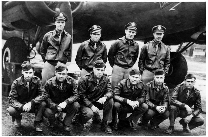 02-8 B-17 crew