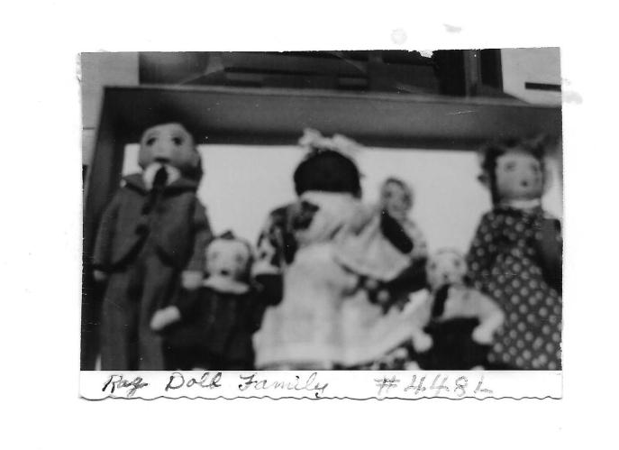 Nana Paton's Rag Dolls to Bonnie Paton Moon(2)