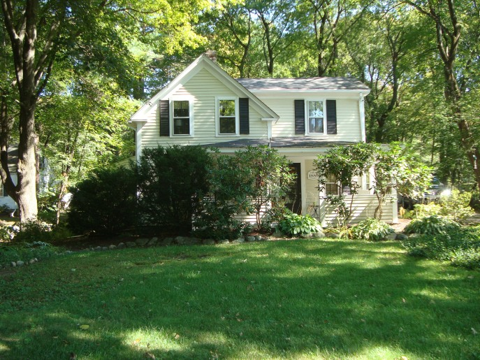 01-27 Garfield's home 2016 - 332 Goodmans Hill Road, Sudbury MA