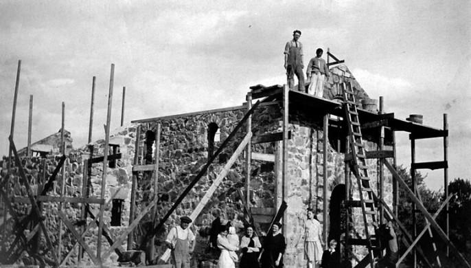 Chapel05-Construction of St Elizabeth Chapel - Cram